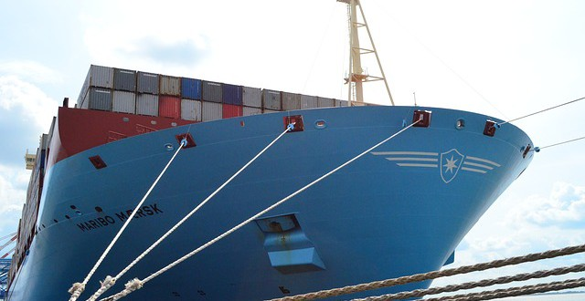 container-ship-429951_640